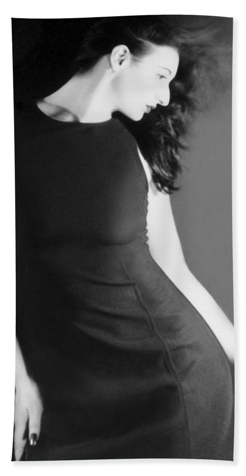 Beautiful Hand Towel featuring the photograph The Freeze - Self Portrait by Jaeda DeWalt