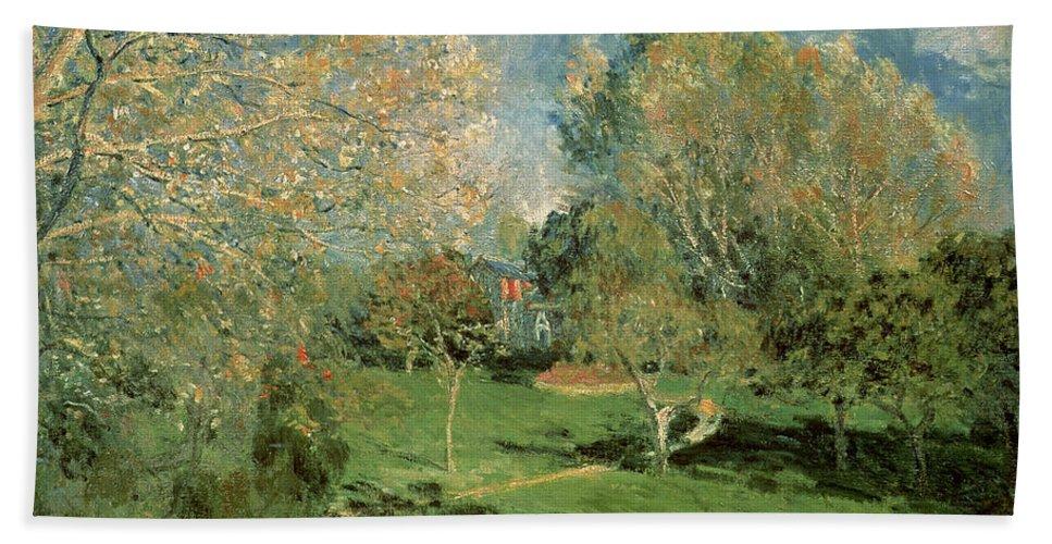 The Garden Of Hoschede Family Bath Sheet featuring the painting The Garden Of Hoschede Family by Alfred Sisley