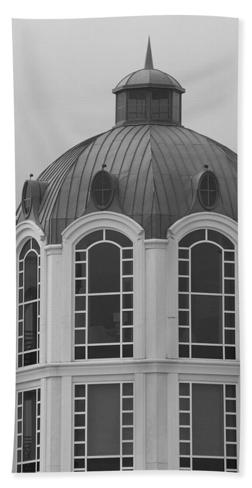 Black And White Bath Sheet featuring the photograph The Glass And Brass Tower by Rob Hans