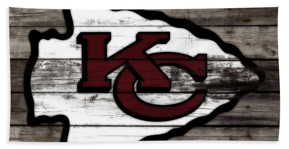The Kansas City Chiefs Bath Towel featuring the mixed media The Kansas City Chiefs 3i  by Brian Reaves