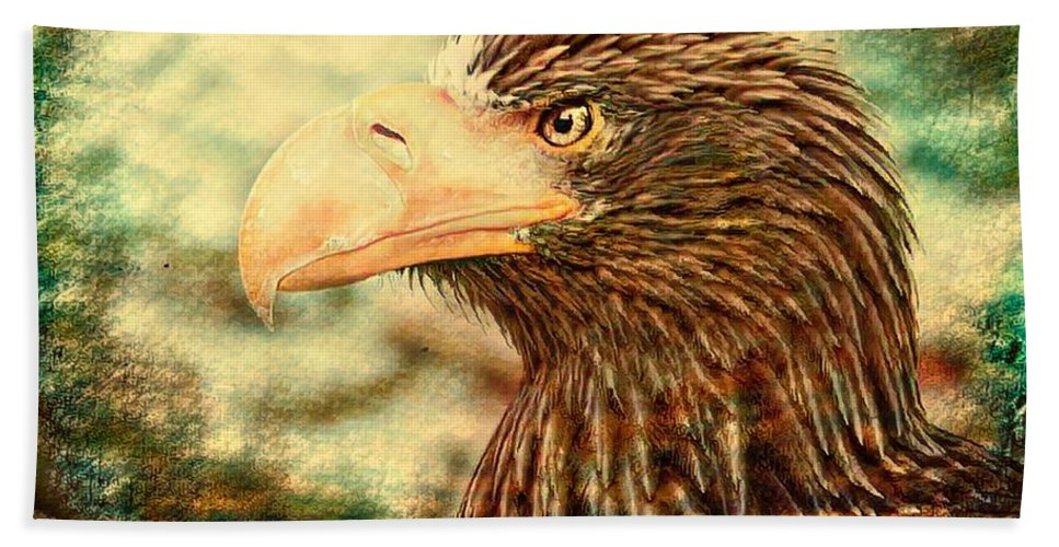 Animal Hand Towel featuring the photograph The King Of The Skies by Robert Kinser