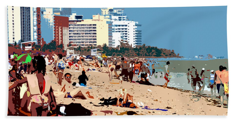 Miami Beach Florida Bath Towel featuring the photograph The Miami Beach by David Lee Thompson