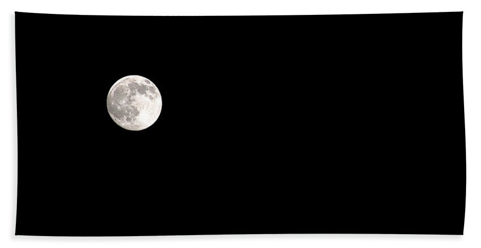 Clay Bath Sheet featuring the photograph The Moon by Clayton Bruster