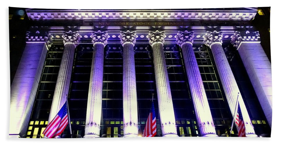 New York City Hand Towel featuring the photograph The New York Stock Exchange by Ed Weidman