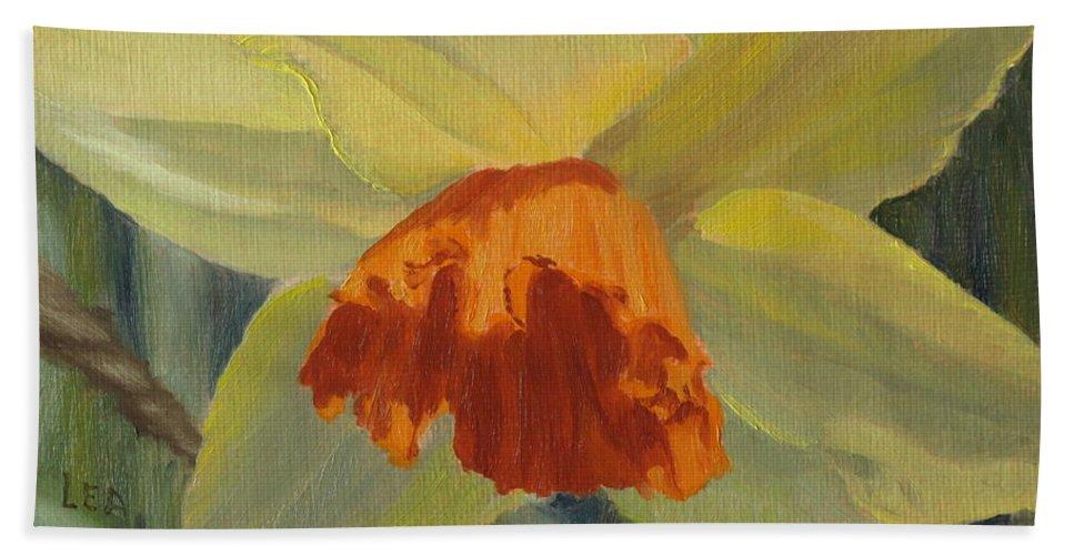 Flower Bath Sheet featuring the painting The Nodding Daffodil by Lea Novak