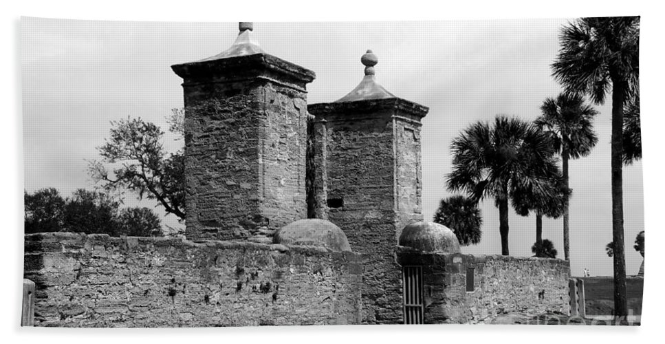 Saint Augustine Florida Hand Towel featuring the photograph The Old City Gates by David Lee Thompson