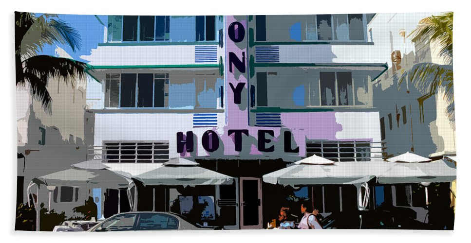 Hotel Bath Towel featuring the photograph The Old Colony Hotel by David Lee Thompson