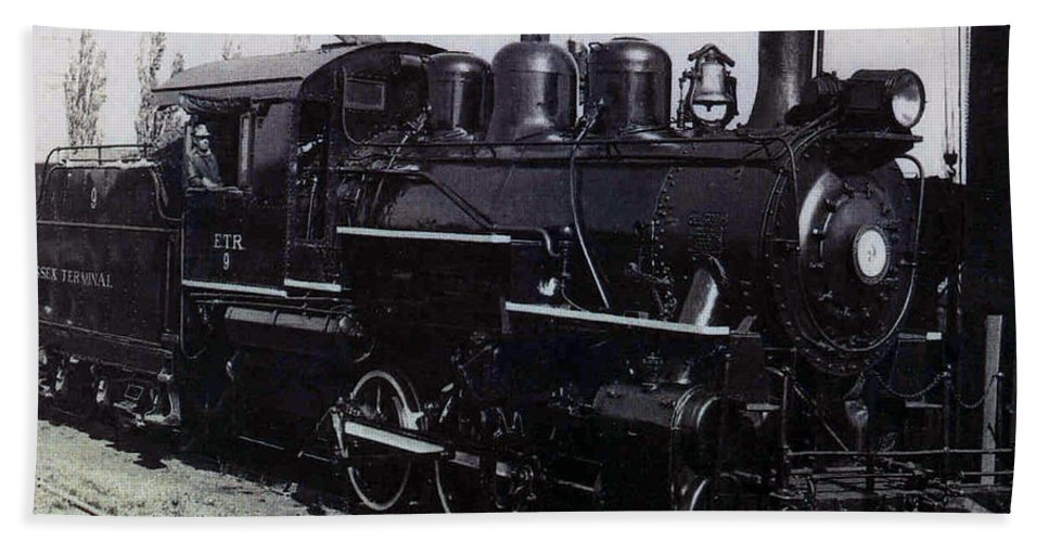 Old Photo Black And White Classic Saskatchewan Pioneers History Train Engine Hand Towel featuring the photograph The Old Engine by Andrea Lawrence