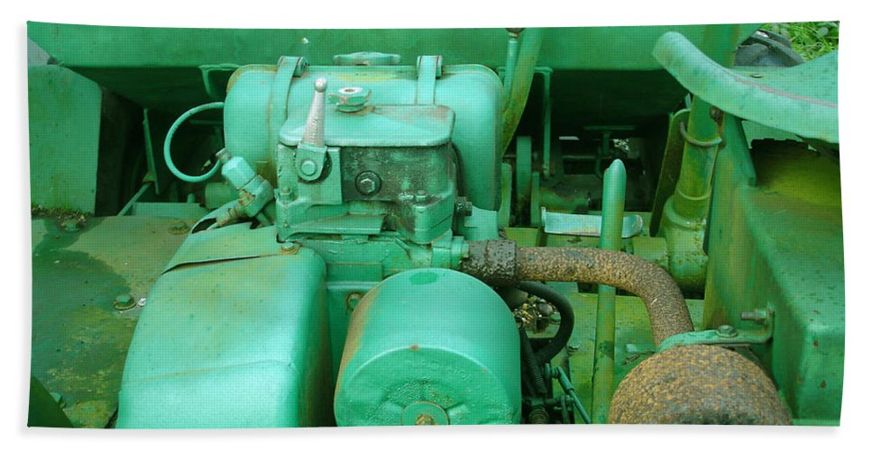 Machine Hand Towel featuring the photograph The Old Green Dumper by Susan Baker