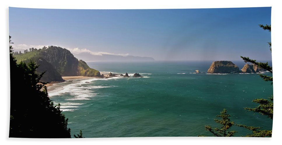 Oregon Hand Towel featuring the photograph The Oregon Coast by Albert Seger