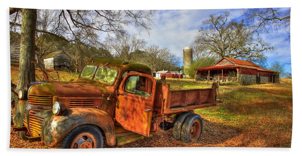 Reid Callaway 1947 Dodge Dump Truck Bath Sheet featuring the photograph The Resting Place 2 Farm Life 1947 Dodge Dump Truck Art by Reid Callaway