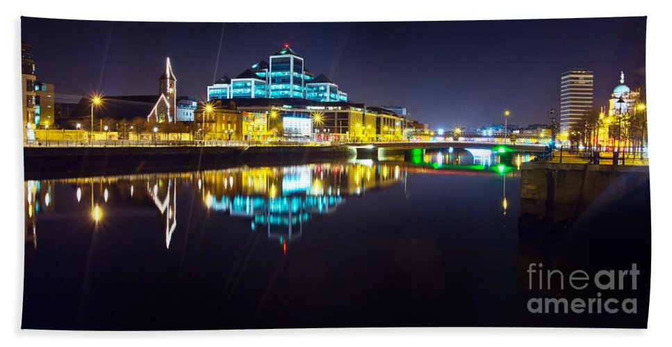 Night Romance Hand Towel featuring the photograph The River Liffey Night Romance 2 by Alex Art and Photo