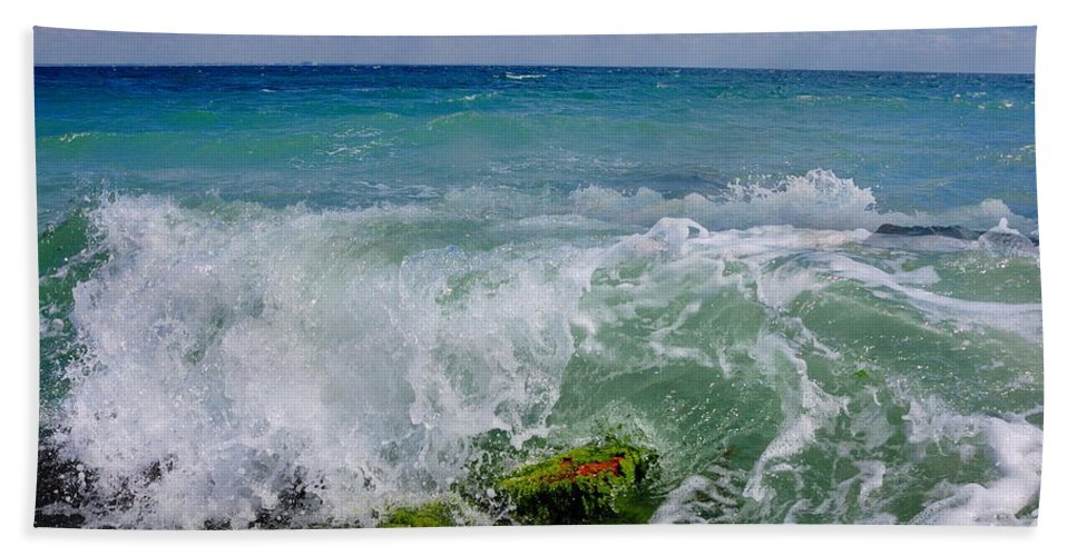 Wave Hand Towel featuring the photograph The Sea Breathes by Yuri Hope