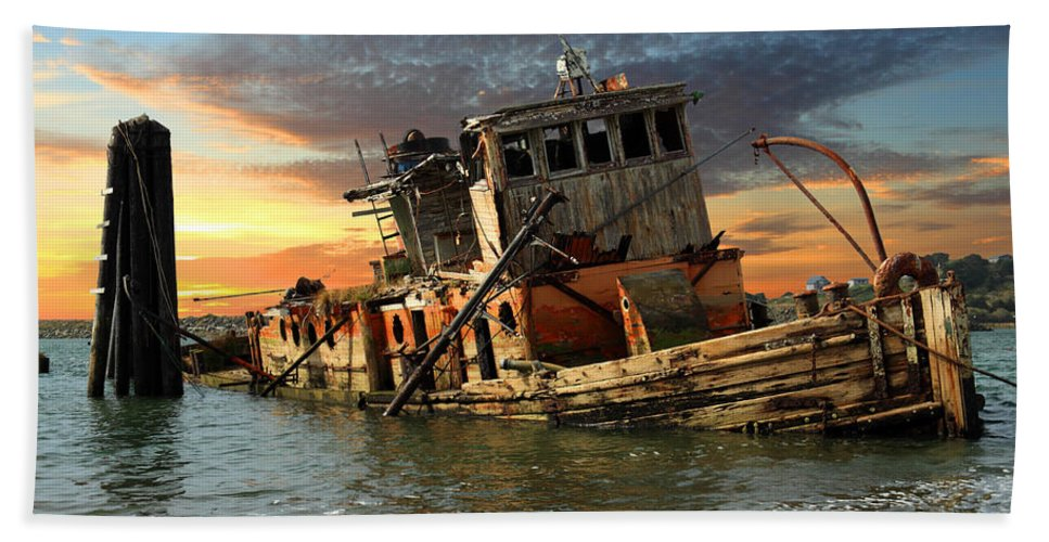 Boat Hand Towel featuring the photograph The Sunset Years Of The Mary D. Hume by James Eddy