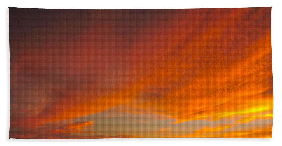Sunset Bath Sheet featuring the photograph The Sweep by Marilee Noland