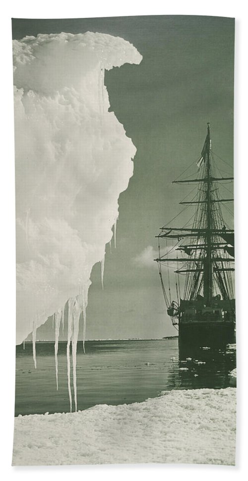Herbert Ponting Bath Sheet featuring the photograph The Terra Nova At The Ice Foot Cape Evans by Herbert Ponting