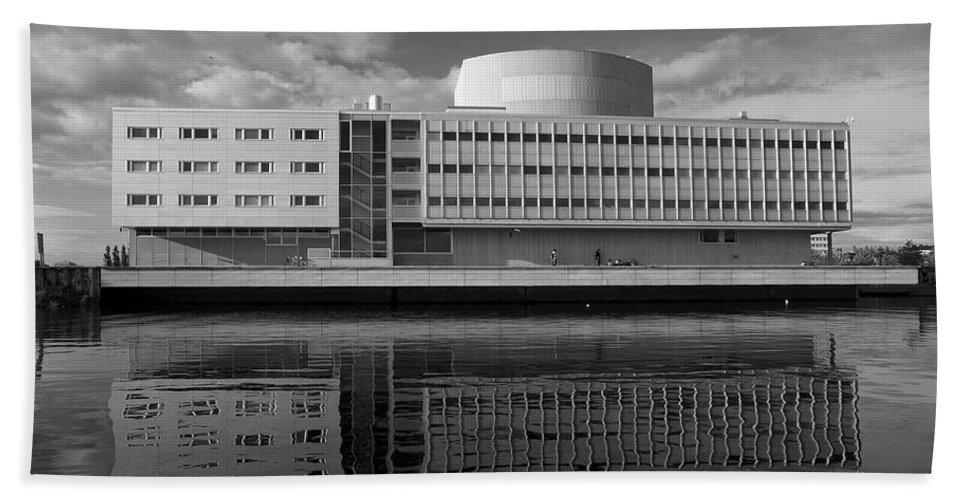 Lehtokukka Hand Towel featuring the photograph The Theatre Of Oulu 3 by Jouko Lehto