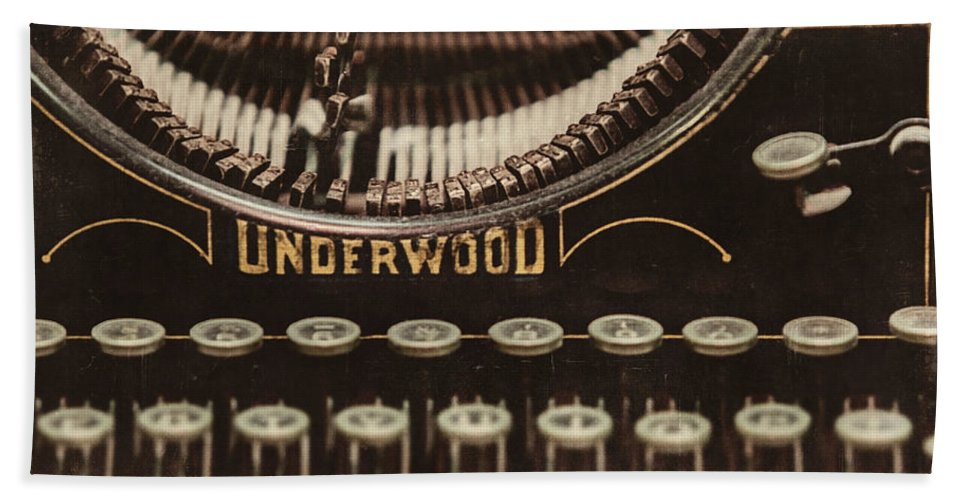 Underwood Typewriter Bath Sheet featuring the photograph The Underwood by Lisa Russo