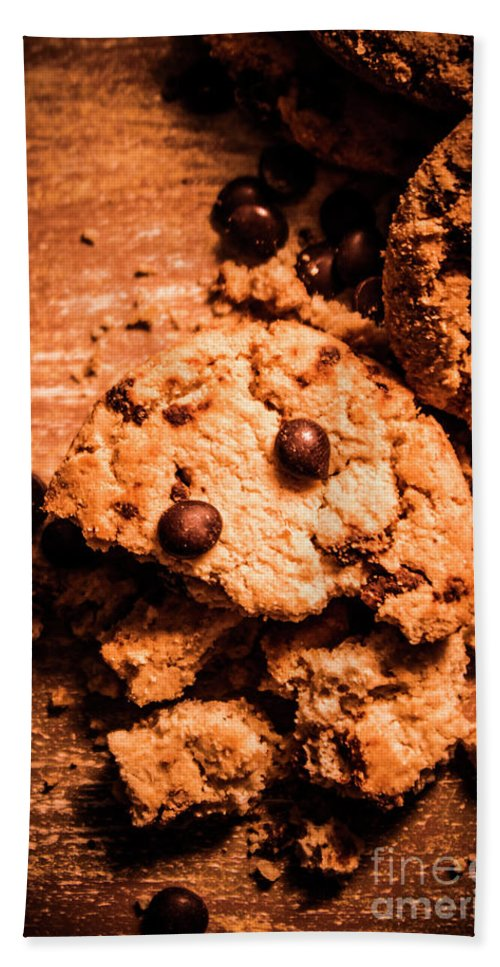Food Bath Towel featuring the photograph The Way The Cookie Crumbles by Jorgo Photography - Wall Art Gallery