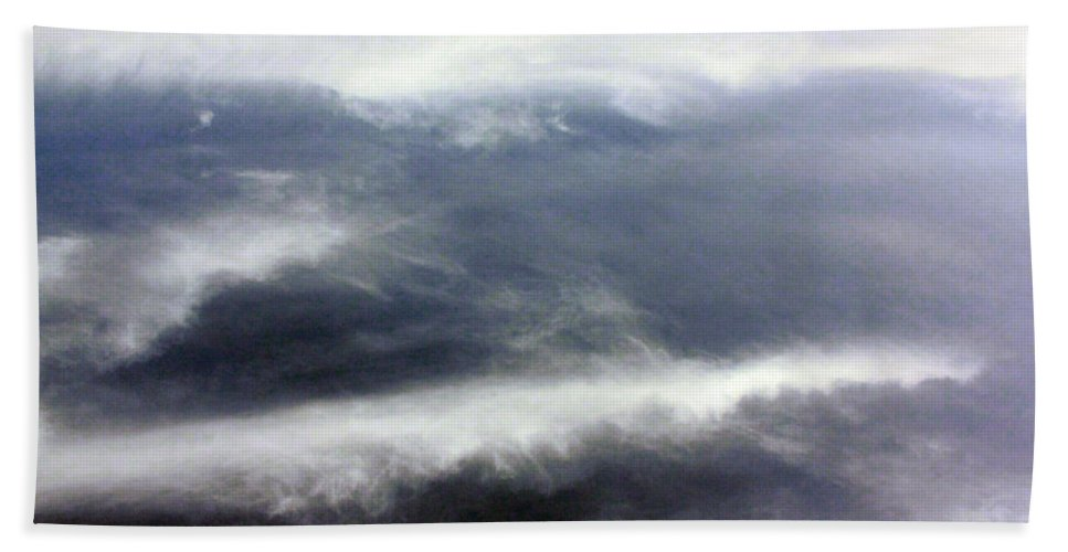 Cloud Hand Towel featuring the photograph The Wings by Munir Alawi