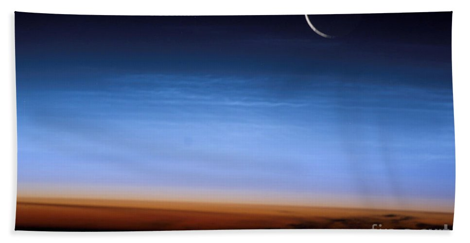 Color Image Bath Sheet featuring the photograph This Image Shows The Limb Of The Earth by Stocktrek Images
