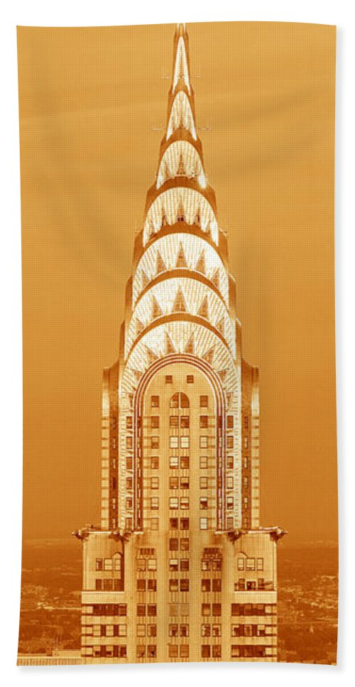 Photography Bath Towel featuring the photograph Chrysler Building at sunset by Panoramic Images