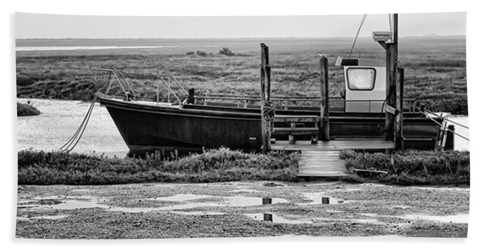 Amazing Bath Towel featuring the photograph Thornham Harbour, North Norfolk by John Edwards