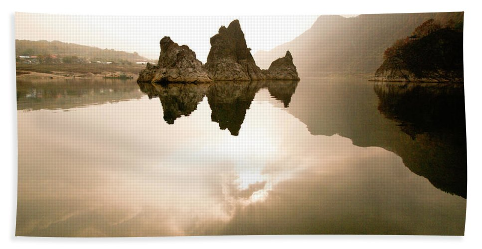Asia Bath Towel featuring the photograph Three Peaks by Michele Burgess