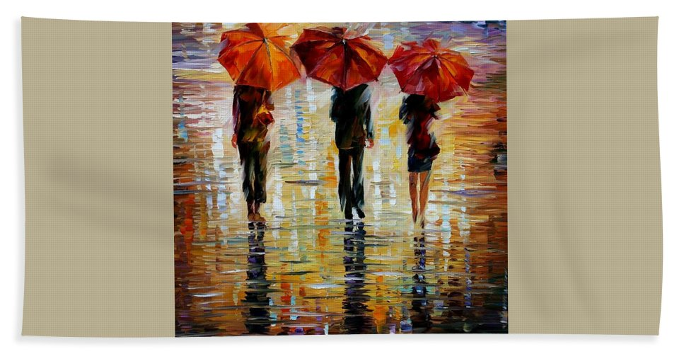 Cityscape Bath Towel featuring the painting Three Red Umbrella by Leonid Afremov