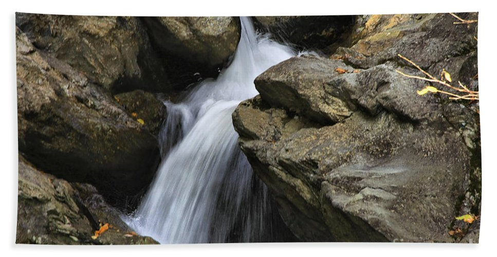 Water Bath Towel featuring the photograph Through The Rocks by Deborah Benoit