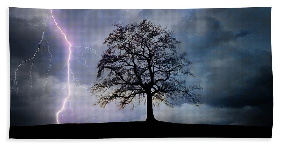 Nag004918 Hand Towel featuring the photograph Thunder And Lightning by Edmund Nagele