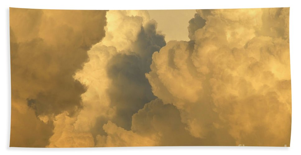 Clouds Hand Towel featuring the photograph Thunder Heads by David Lee Thompson