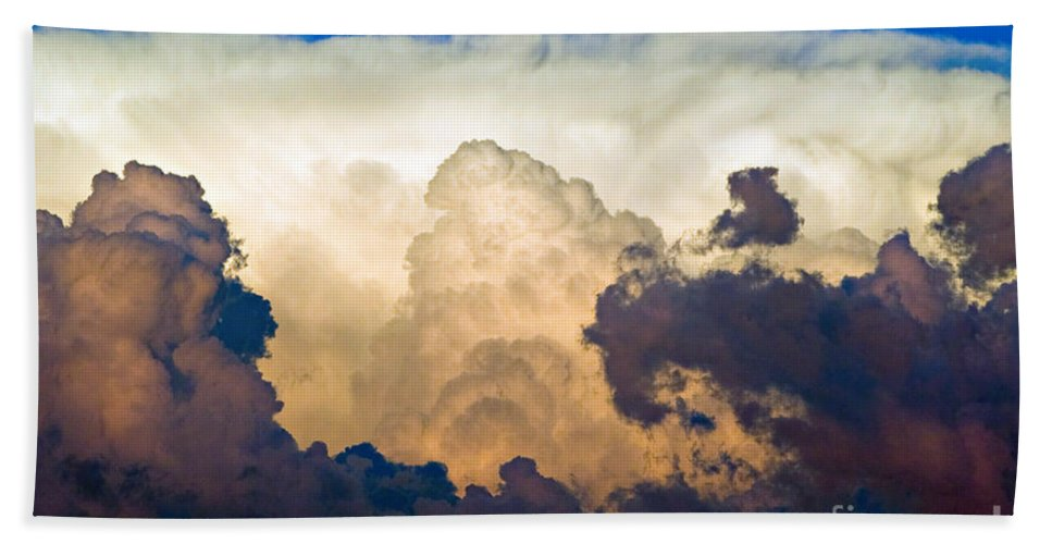 Thunderhead Bath Sheet featuring the photograph Thunderhead Cloud by James BO Insogna
