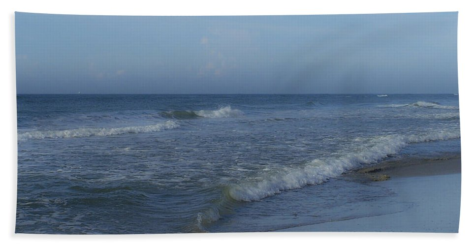 Tide Hand Towel featuring the photograph Tide Rolling In Ocean Isle Beach North Carolina by Teresa Mucha