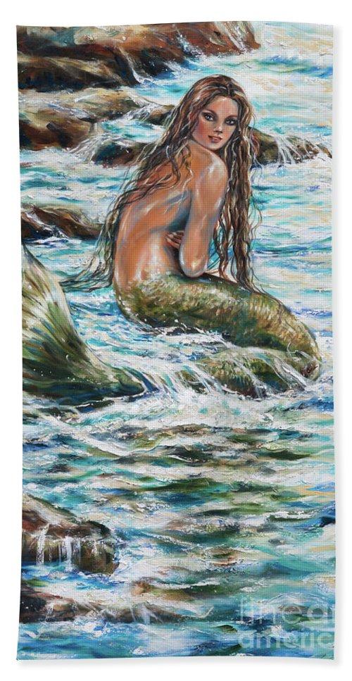 Mermaid Bath Towel featuring the painting Tidepool by Linda Olsen
