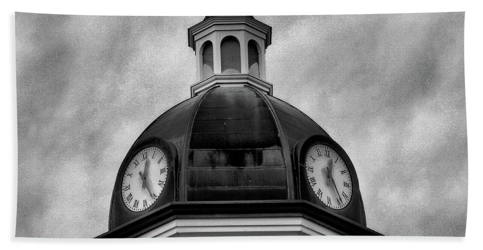 Clock Hand Towel featuring the photograph Time IIi by Gina Welch
