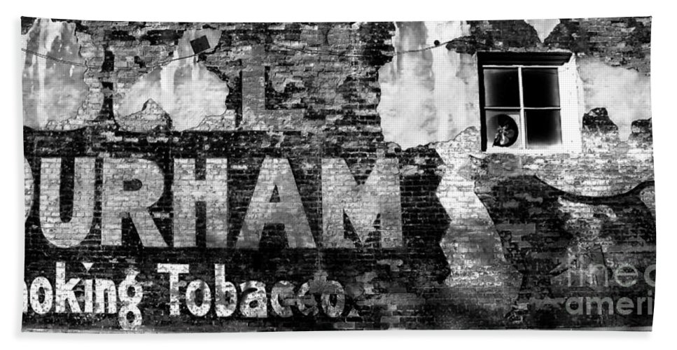 Tobacco Hand Towel featuring the photograph Tobacco Days by David Lee Thompson
