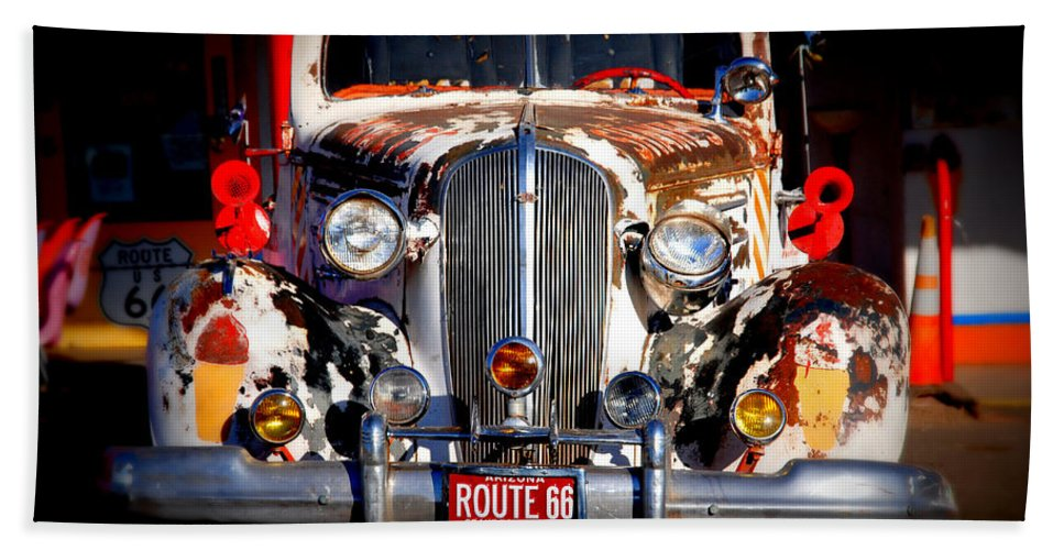 Route 66 Bath Sheet featuring the photograph Top Model On Route 66 by Susanne Van Hulst