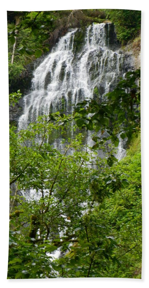 Munson Creek Falls Hand Towel featuring the photograph Top Of Munson Creek Falls by Gallery Of Hope