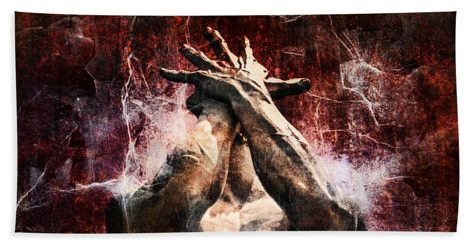 Statue Bath Towel featuring the photograph Torment by Andrew Paranavitana