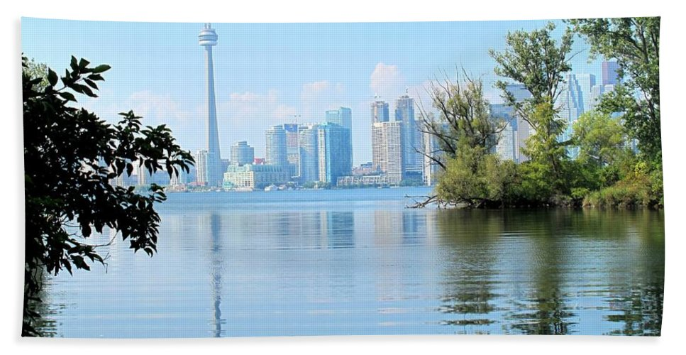 Toronto Hand Towel featuring the photograph Toronto From The Islands Park by Ian MacDonald