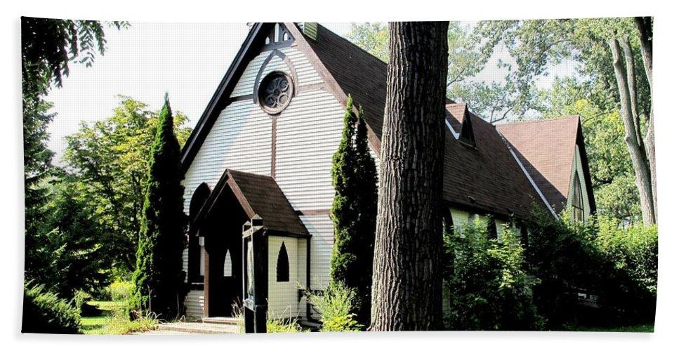 Church Hand Towel featuring the photograph Toronto Island Chapel by Ian MacDonald