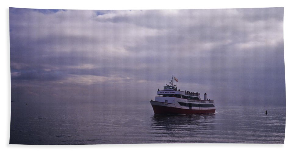 Frank Dimarco Hand Towel featuring the photograph Tour Boat San Francisco Bay by Frank DiMarco
