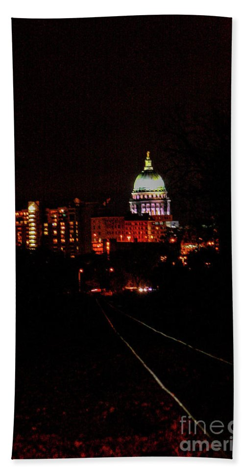 Madison Hand Towel featuring the photograph Tracks To The Capitol by Tommy Anderson