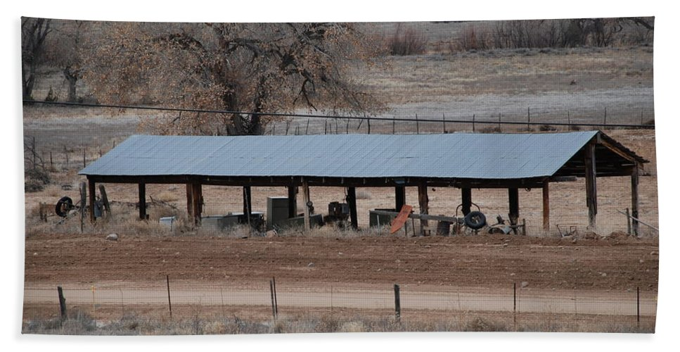 Architecture Bath Towel featuring the photograph Tractor Port On The Ranch by Rob Hans
