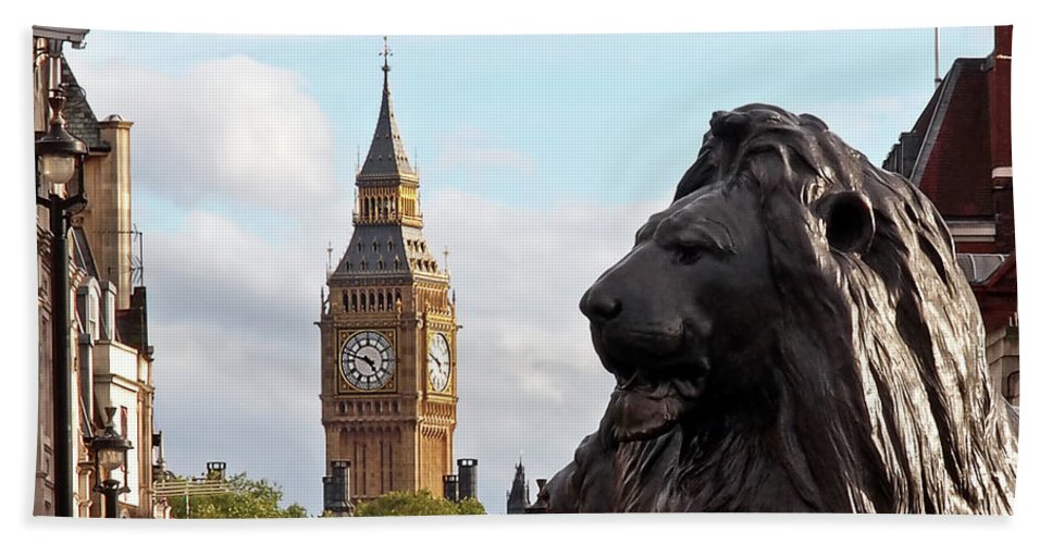 London Hand Towel featuring the photograph Trafalgar Square Lion With Big Ben by Gill Billington