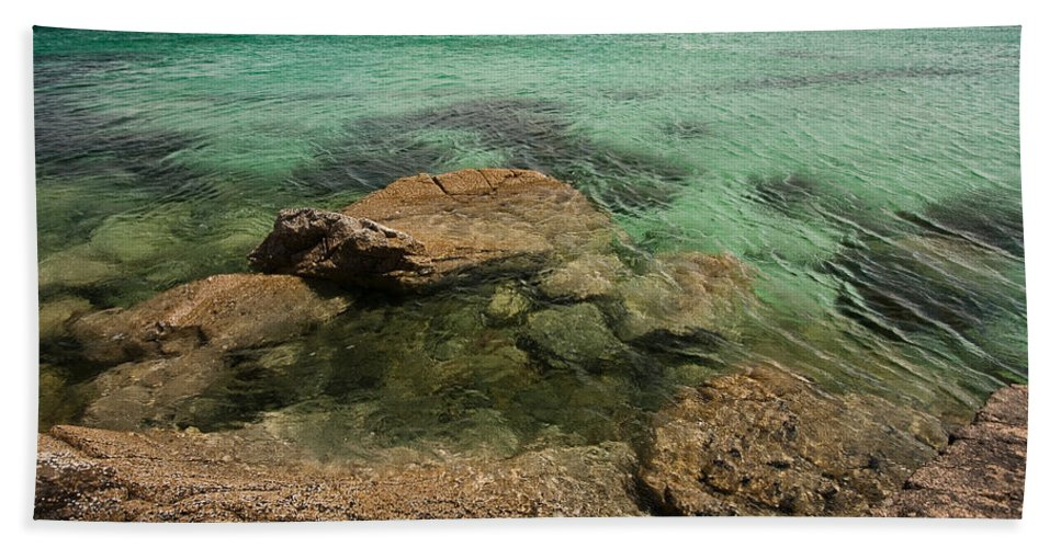 Scotland Bath Sheet featuring the photograph Traigh Na Berie IIi by Colette Panaioti