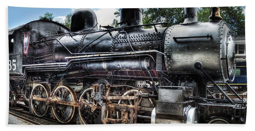 Savad Bath Sheet featuring the photograph Train - Engine - 385 - Baldwin 2-8-0 Consolidation Locomotive by Mike Savad