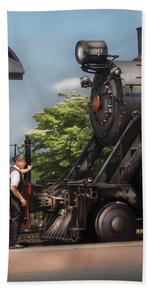Savad Bath Sheet featuring the photograph Train - Engine - Alllll Aboard by Mike Savad