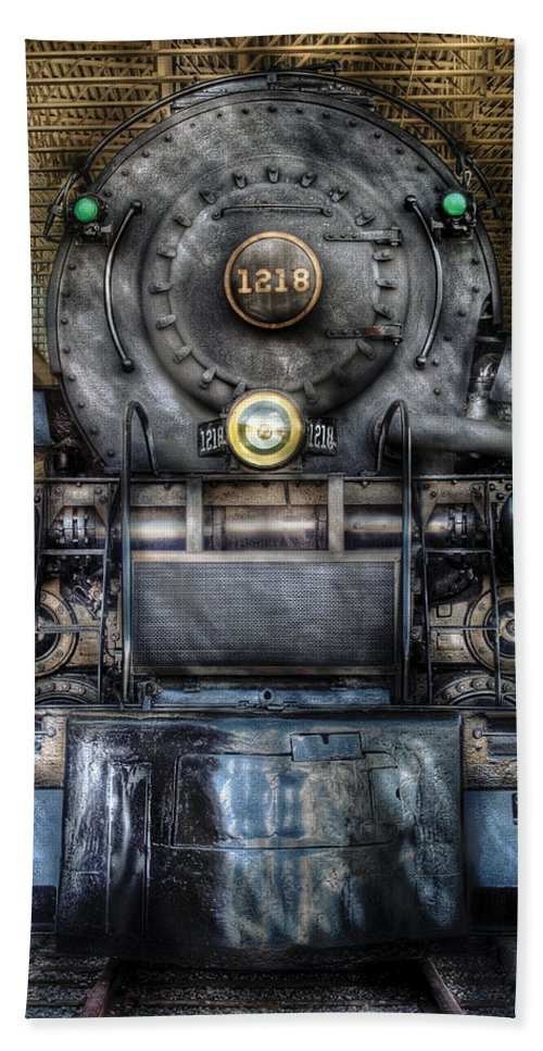 Savad Bath Sheet featuring the photograph Train - Engine -1218 - Norfolk Western Class A - 1218 - Front View by Mike Savad